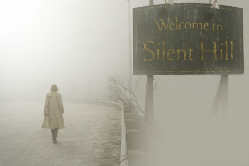 Rose på väg in i Silent Hill